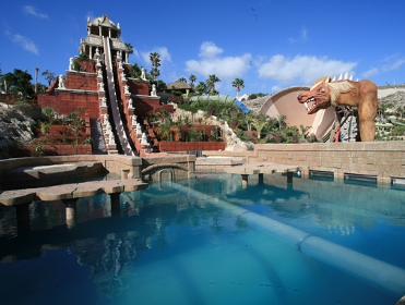 the water park in Tenerife, Siam Park