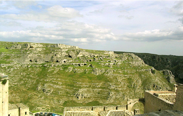 Matera – The Place to Experience Cave-life!
