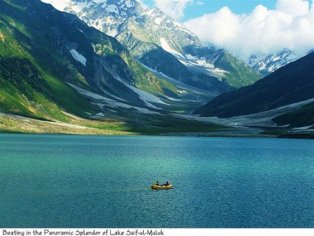 Top Three Beautiful Tourist Spots in Pakistan