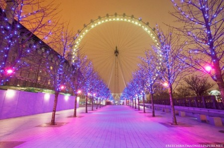 A Christmas Travel Guide for Visitors in London