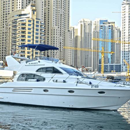 Luxury Yacht Cruise from Dubai Marina
