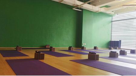 Urban Ashram Yoga (Image Credit: urbanashramyoga)