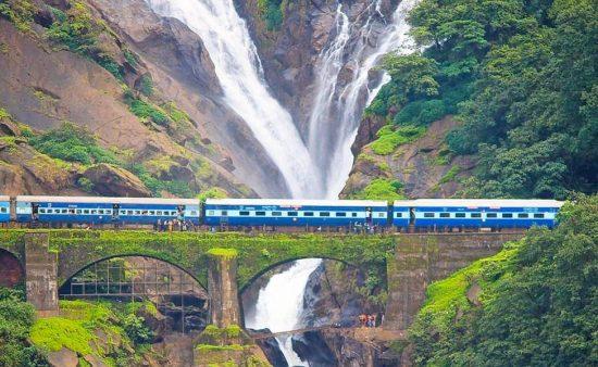 Trek to Dudhsagar Falls